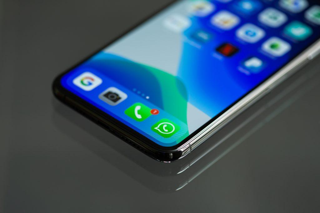 Whatsapp es un excelente canal de comunicación para la atención virtual a clientes y proveedores, como medida de prevención de contagio por Covid-19.