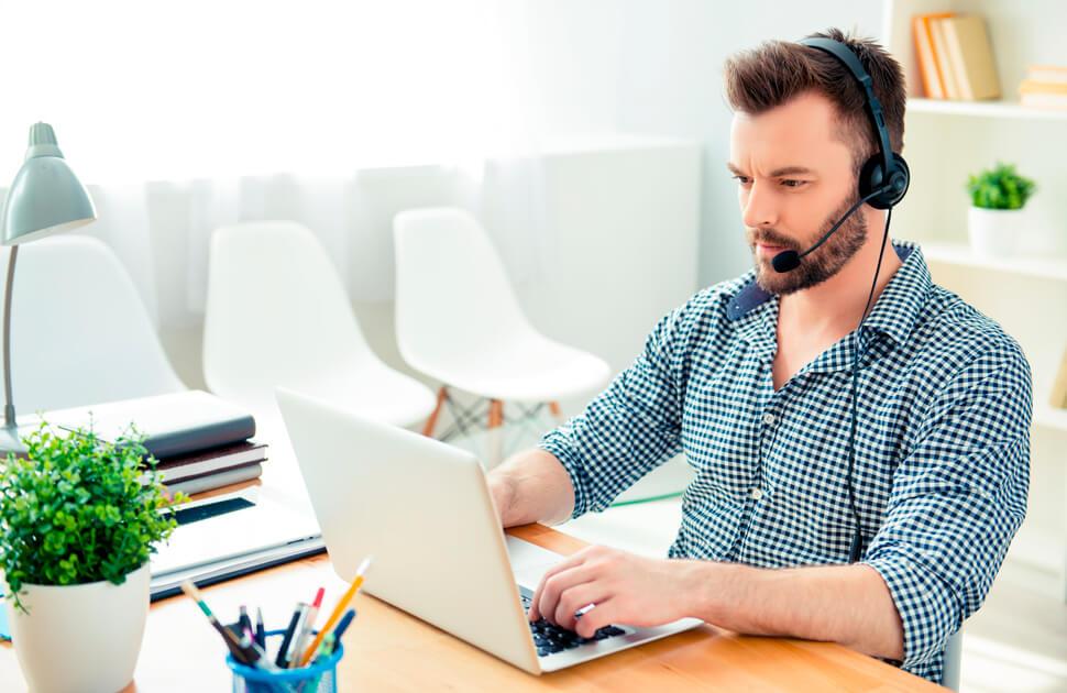 Implementación de una Mesa de Ayuda Remota: requisitos y beneficios
