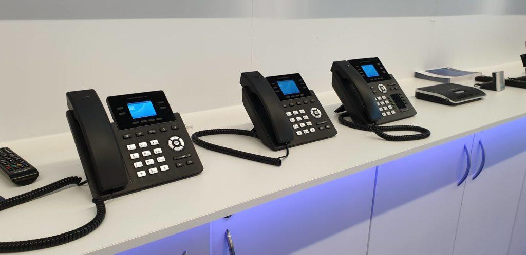 Lanzamiento de la Serie GRP2600: lo último en teléfonos IP de Grandstream de alta gama