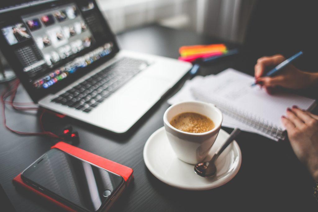 Importancia de la telefonía IP en la modalidad de trabajo Home Office en 2019