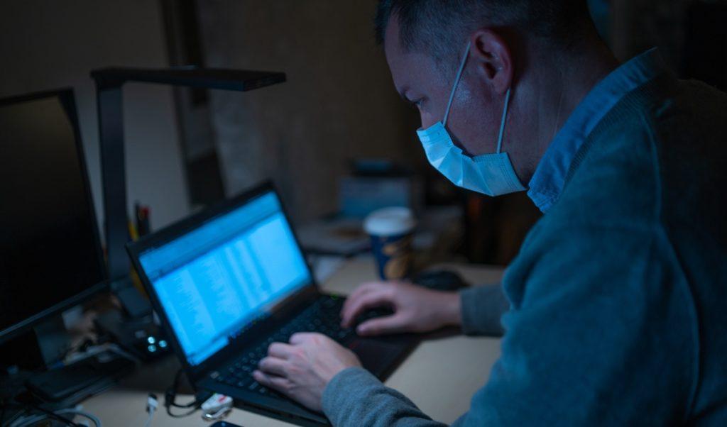 El teletrabajo es una modalidad laboral que funciona como plan de contingencia frente al covid-19